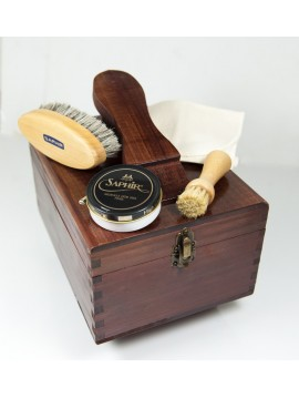 Saphir Special Pack for shoecare and shoe cleaning