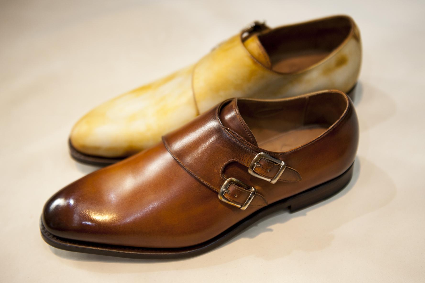 zapatos con pátina
